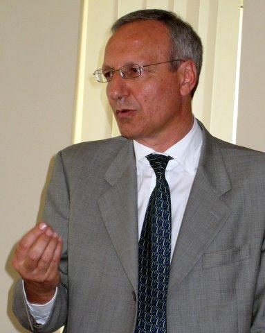 Il candidato sindaco, Luciano Piluso