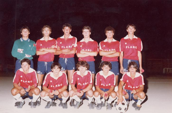 Finale del Torneo A. Picchi 1983 - In piedi da sinistra: R. Rossi, M. Naccarella, E. Costantini, L. Vicoli, R. Berardi, S. Giannini.Accosciati da sinistra: G. Manes, N. Rossi, F. De Meo, G. Guerra, E. Bucci