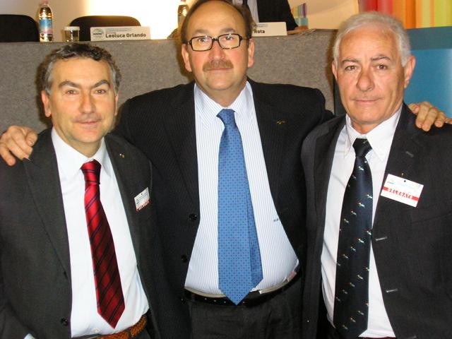Da sinistra: Paolo Palomba (Cons. Regionale), Sen. Felice Belisario, Di Filippo Giuseppe (Segr. di Cupello)