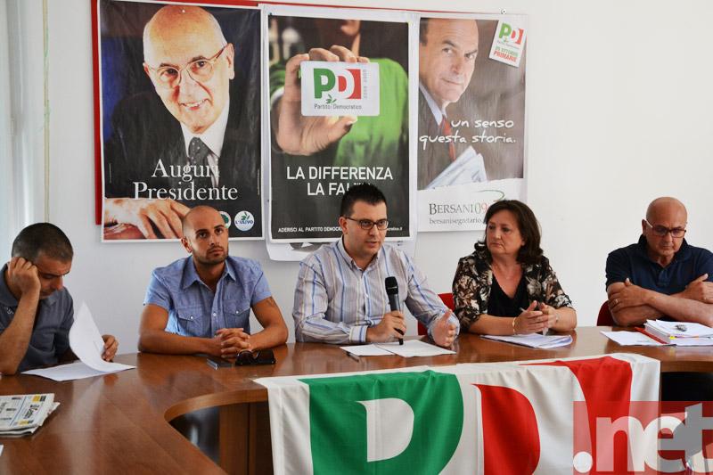 Gennaro Luciano e altri membri del comitato