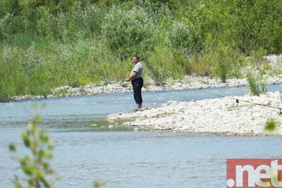 Un pescatore sul Trigno