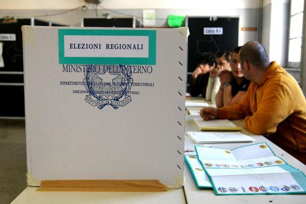 elezioni-regionali-2014-emilia-romagna-calabria-urna-affluenza-risultati-in-tempo-reale