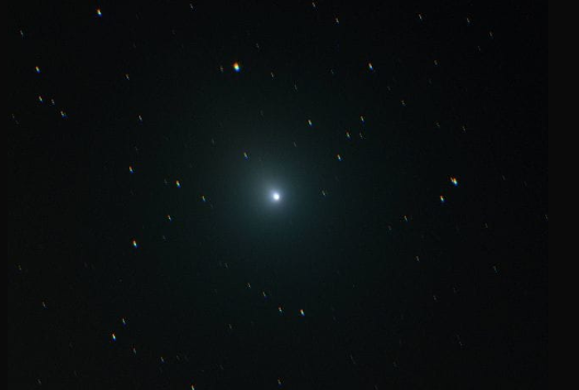 Cometa di Natale: sarà luminosa quanto la Luna